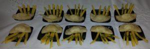 Copia di 015 - Focaccette mignon al formaggio con julienne di mango e timo
