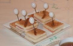 Minitoast pere, Gruyère e prosciutto cotto
