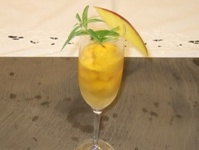 4 - Sorbetto al mango e spumante Franciacorta satèn