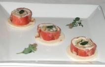 Piccole piadine con speck, stracchino e melanzane grigliate